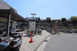 衣笠駅自転車等駐車場